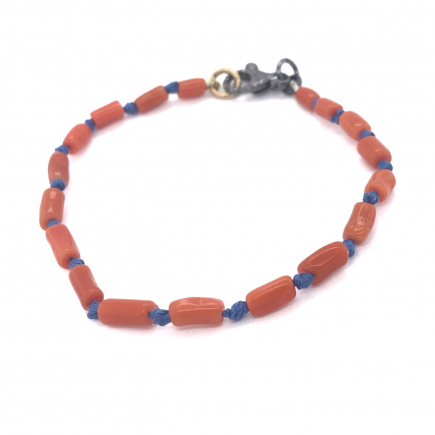 Sciacca coral hand knoteed bracelet