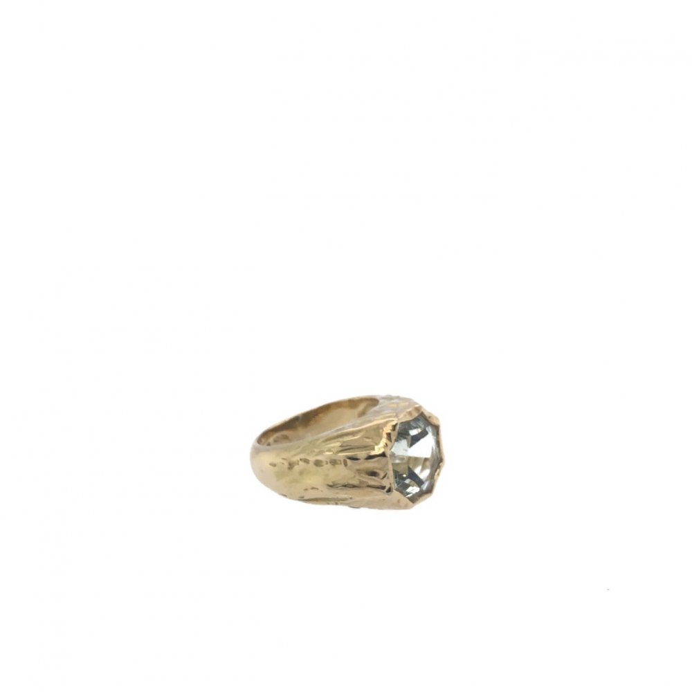 One-of-a-kind green Amethyst ring in gold