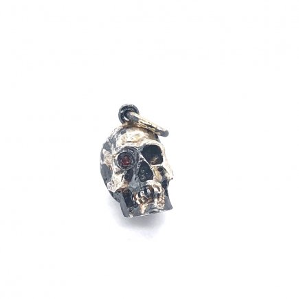 Red Diamond Eye SKull pendant in silver and gold